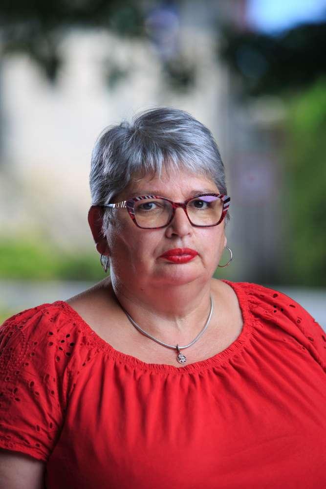 Mme Carmen CASADO-BARBA